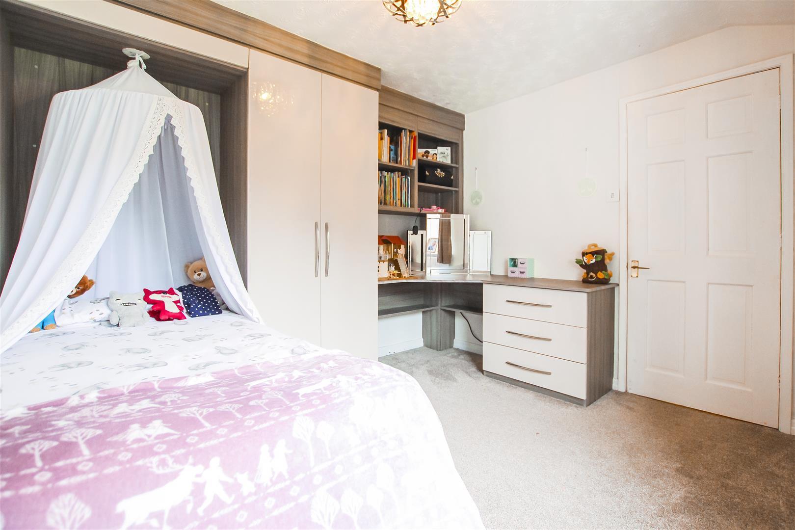 3 Bedroom Terraced Cottage For Sale - Image 8